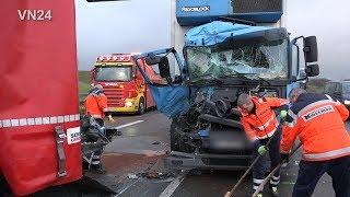 08.01.2019   VN24   Unfall Serie auf der A1   2x3 LKW prallten aufeinander   es gab Verletzte