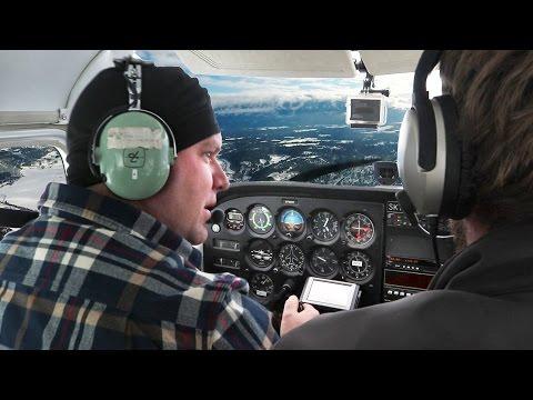 JESSE FLIES AN AIRPLANE! (First day of Flight School)
