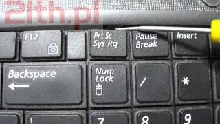 How to replace a Keyboard in laptop Samsung R530, remove keyboard, replacement