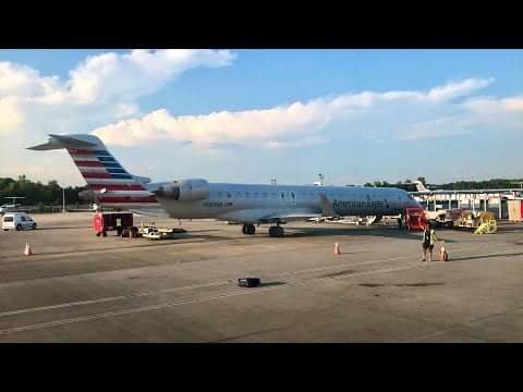 American Eagle CRJ-900 Review