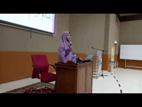 WANITA YANG PALING BAHAGIA... - Ustazah Asma Harun
