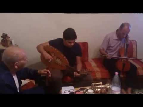Répétition Du Maestro Med Taher Fergani A Son Petit Fils Adlen Fergani (partie1) 03/10/2013