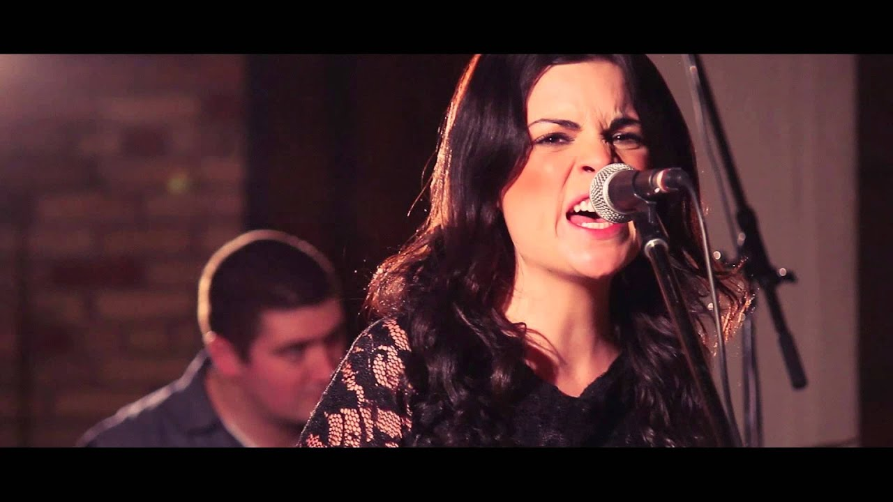 video: Whitney Rose - Heartbreaker of the Year (Live at the Hacienda)