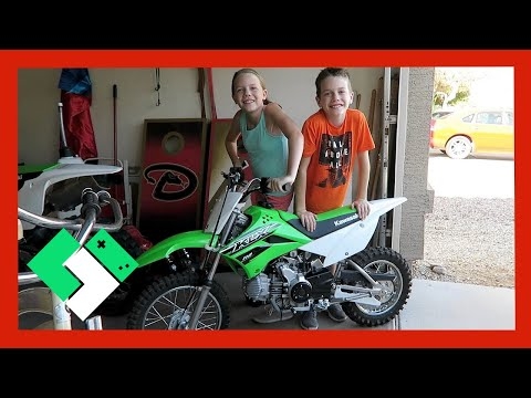 NEW DIRT BIKE FOR THE KIDS (Day 1571)