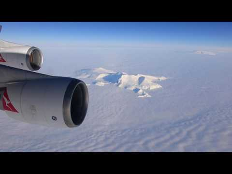 Qantas over Antarctica - Santiago direct Sydney