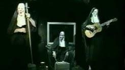 les Nonnes Troppo 'Corinne'