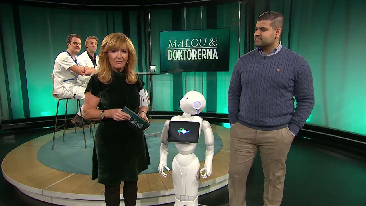Roboten Dr Pepper Arbetar På Vårdcentral I Stockholm Tar Blodtryck