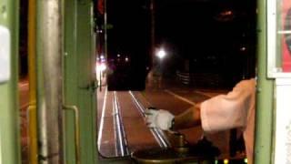夜の路面電車 土佐電鉄 八代通付近