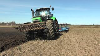 Deutz Fahr Agrotron X720 and 6 furrow Lemken plow for spring plowing outside Roma on Gotland in Apri