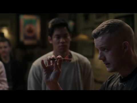 Russell Tovey / Harry Doyle ((Elliot) Elias Harper is his ex boyfriend)  - Quantico (tv series) #8
