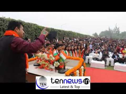 MANOJ TIWARI MP SINGS AAB INDIA TOP LAGE AT G L BAJAJ INSTITUTE R DAY