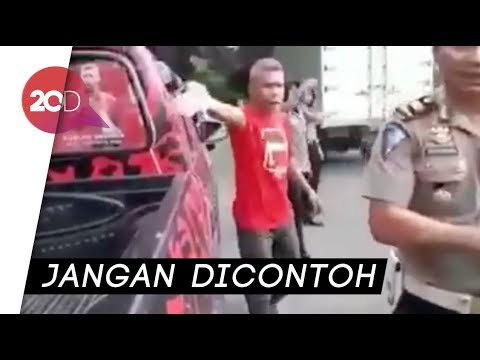 Tak Terima Ditilang, Ketua PDIP Bima Ngamuk ke Polisi