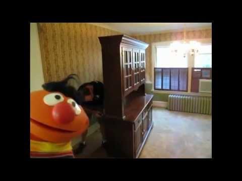 Final Palooza Ernie Bert Sing The Old Apartment