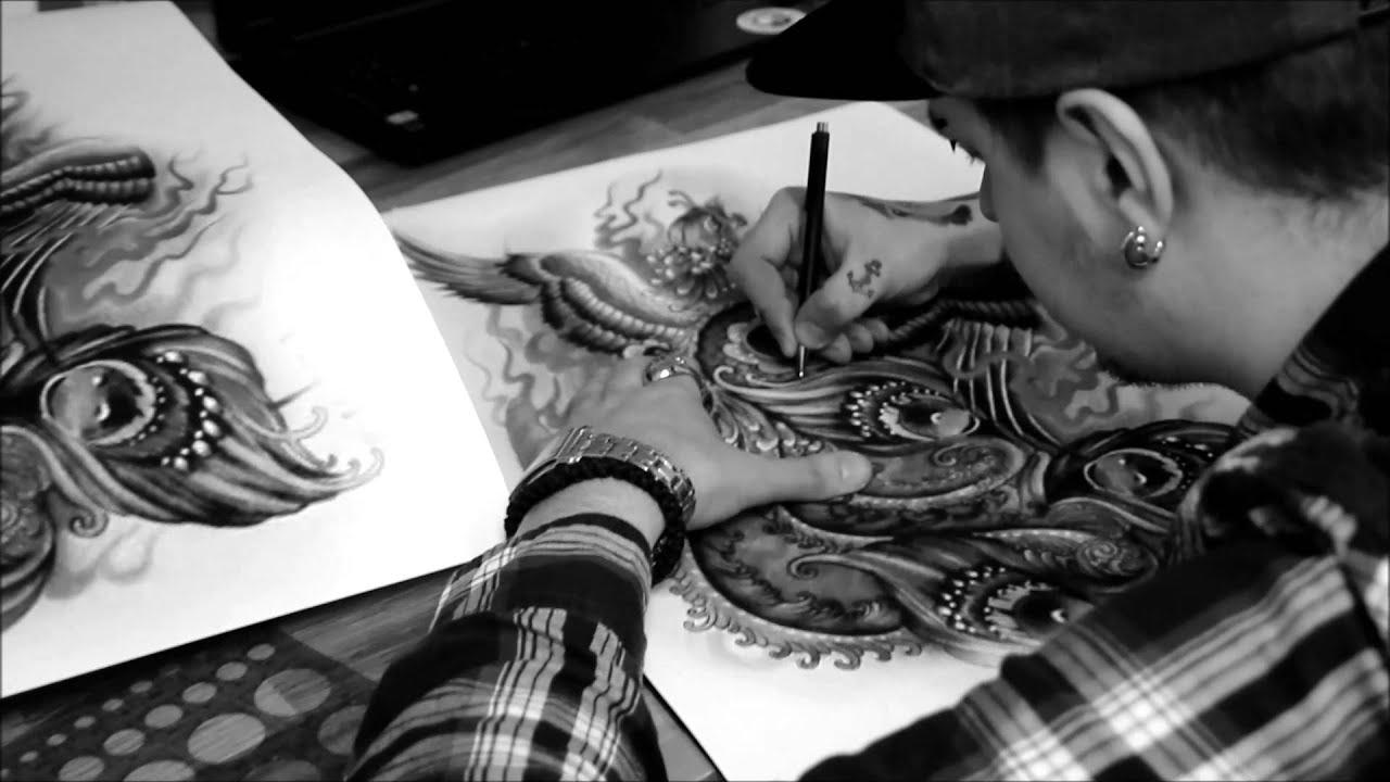 Tattoohure Tinka Belle mit User beim Fußsex