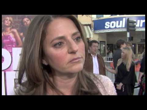 Annie Mumolo Interview - Bridesmaids - YouTube