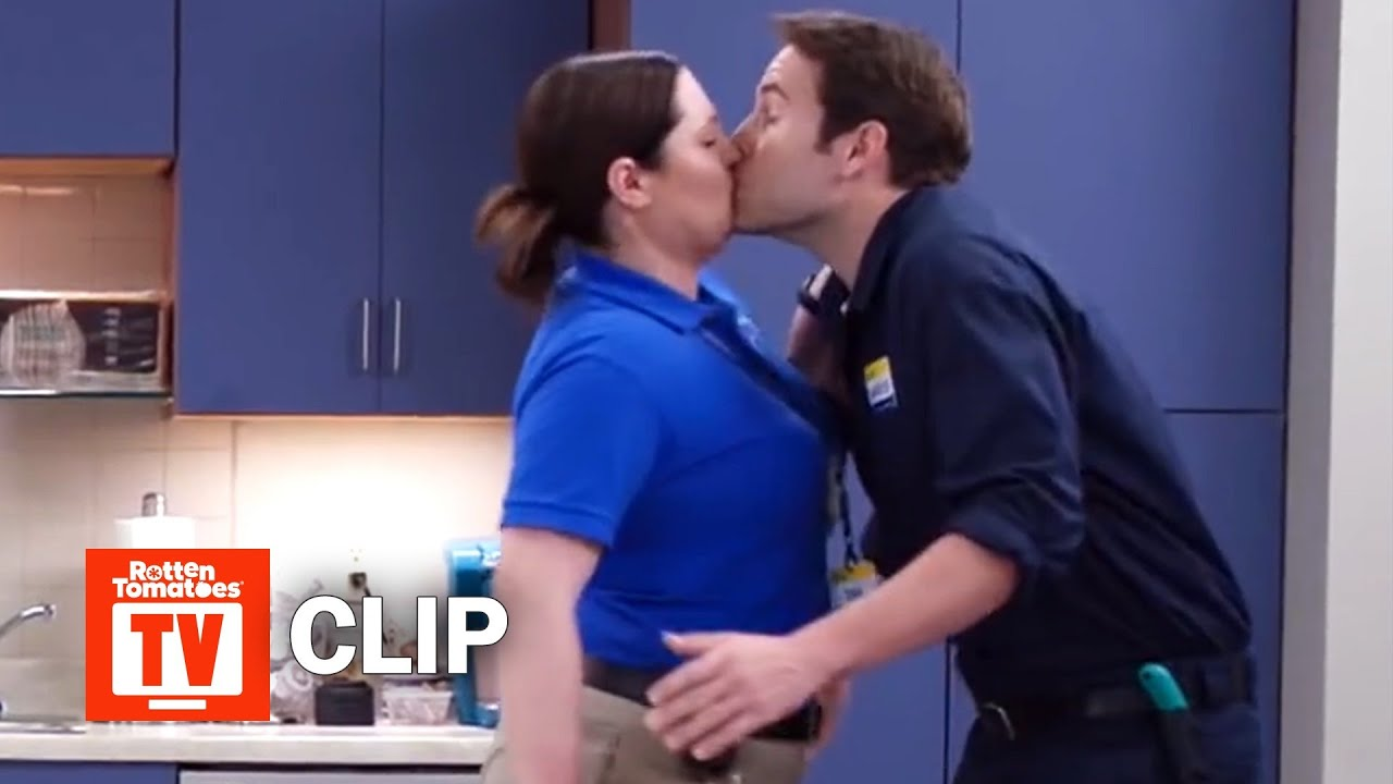 Download Superstore S03E11 Clip | 'Breakroom Breaking Point' | Rotten Tomatoes TV