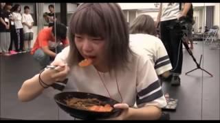 【BiS】ペリ・ウブが泣きながら激辛カレーを食いきる 谷麻紗美 動画 11
