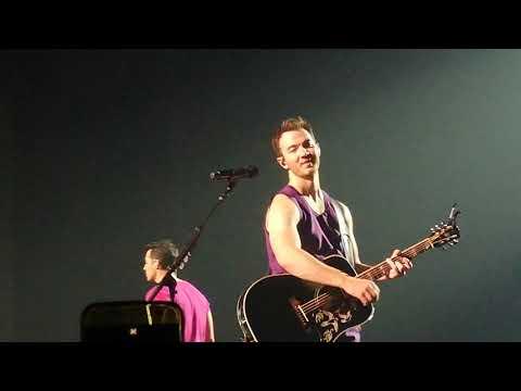 Jonas Brothers - HBT Monterrey 2019 Hesitate