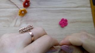 Маленькие цветочки крючком