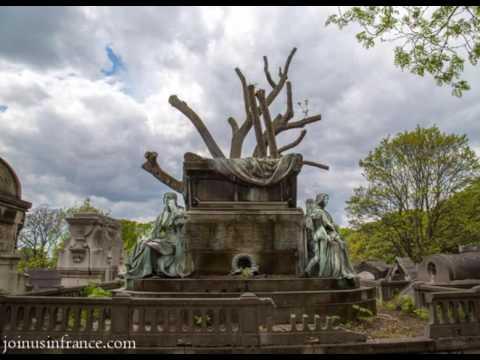 Père-Lachaise Cemetery in Paris, Episode 68
