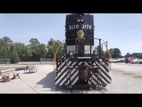 THE SOUTHEASTERN RAILWAY MUSEUM TRAINS,TRUCKS AND TRACTORS WEEK END DULUTH,GA. 8-1-2016 PART #1