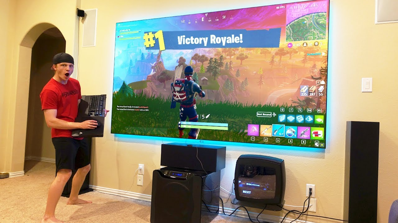 Fortnite On A 10 000 Projector 120 Inches Youtube