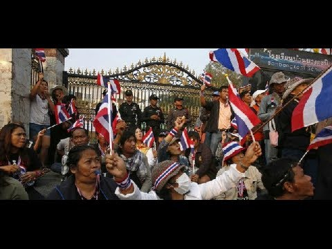 Thailand protesters block early election vote