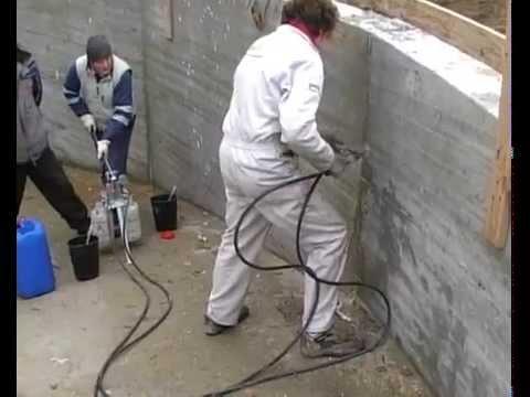 Petra sigillatura di infiltrazioni d 39 acqua da riprese di getto rampa di accesso garage - Garage interrato ...