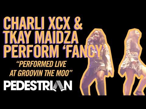 Charli XCX and Tkay Maidza Perform 'Fancy'
