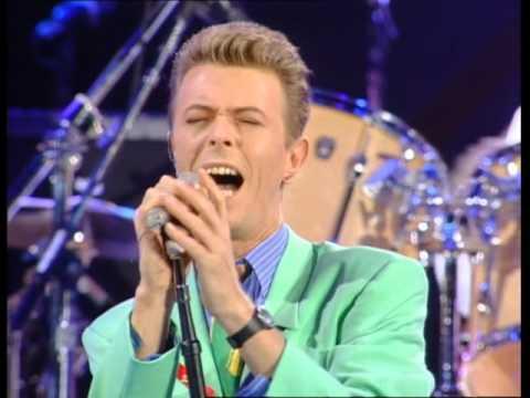 David Bowie & Queen - Heroes - Live at Wembley Stadium 1992/04/20 [60fps]