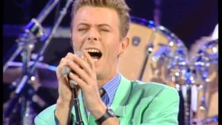Baixar David Bowie & Queen - Heroes - Live at Wembley Stadium 1992/04/20 [60fps]
