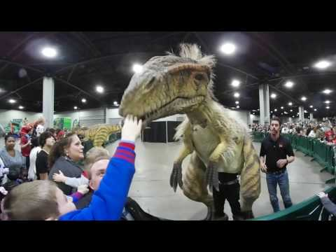 Jurassic Quest walking dinosaur 360