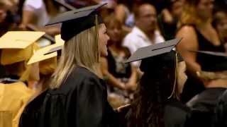 Military dad surprises daughter at graduation - ReadyArmy