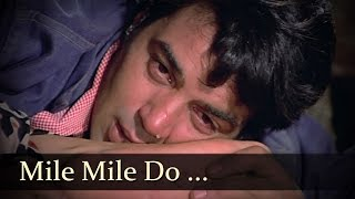 Mile Mile Do Badan Khile Khile Do Chaman - Dharmendra - Rakhi - Blackmail - Bollywood Songs