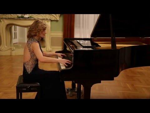 Almira Emiri plays I.Stravinsky: Piano Etude op7 nr4