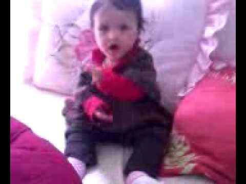 Maria Eduarda dançando vc vc vc vc quer