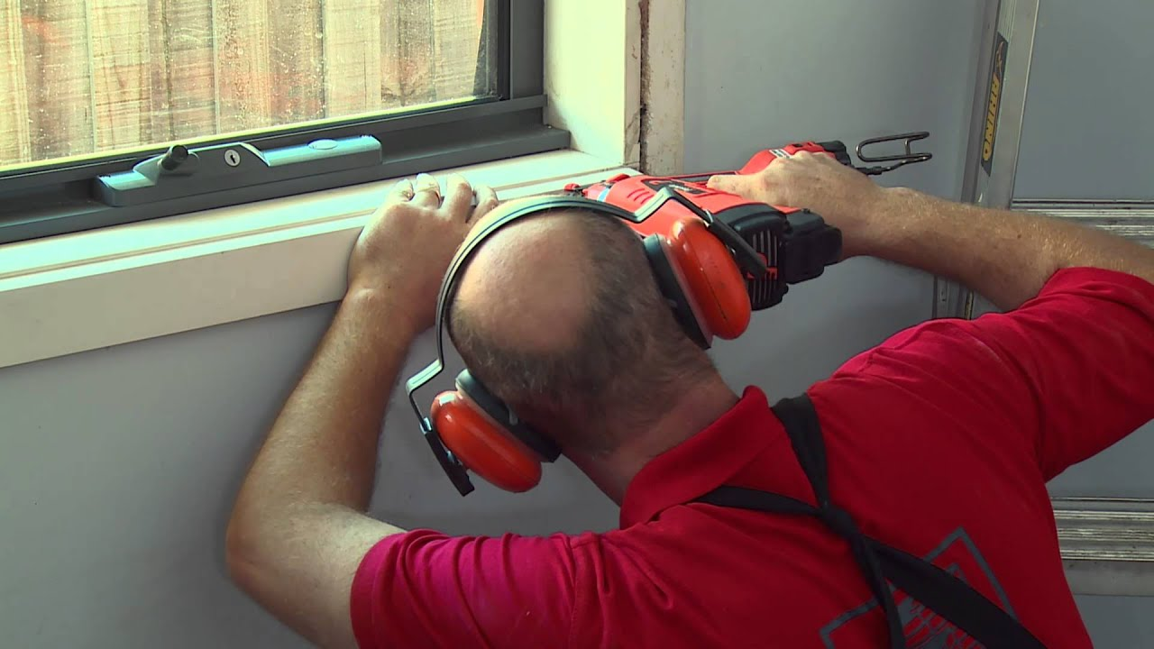 How To Install Architraves Diy At Bunnings Youtube