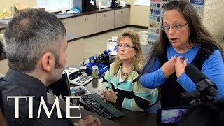 Kim Davis, Who Refused To Issue Same-Sex Marriage Licenses, Loses Kentucky County Clerk Seat | TIME