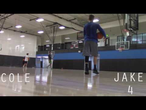 1v1 WITH A COLLEGE BASKETBALL PLAYER