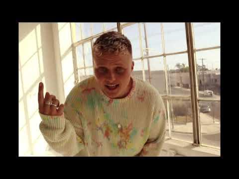 "Miki Ratsula - ""reeboks"" (Official Video)"