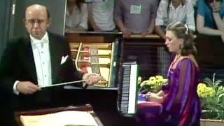 Viktoria Postnikova plays Rachmaninoff Piano Concerto no. 1 - …