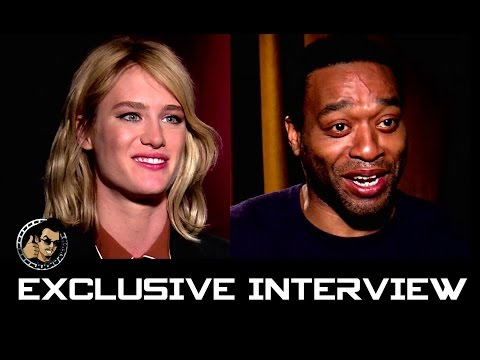 Mackenzie Davis & Chiwetel Ejiofor Interview - THE MARTIAN (JoBlo.com Exclusive)