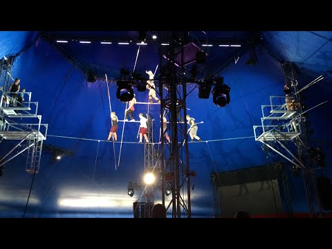 New video of 8-person pyramid collapse at Circus Sarasota