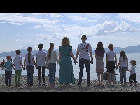 В многодетной семье из Армении родился 12 ребенок