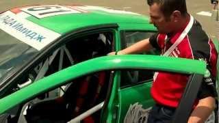 Kőváry - Lada Granta(Kőváry Barna kipróbálta a Hungaroring parkolójában a legújabb, idei fejlesztésű Lada Granta-t - a futam előtt! Operatőr: Horn Albert Vágó: -bh- ..., 2012-05-05T08:39:27.000Z)