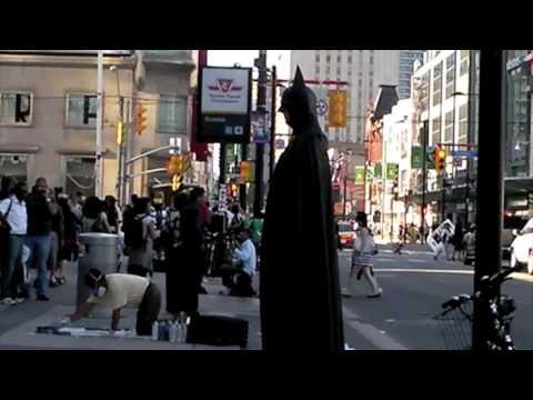 Walking Around Toronto... Yonge Street. June 26, 2009