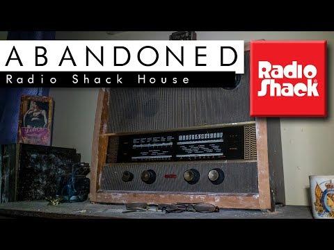 Abandoned RADIO SHACK House!