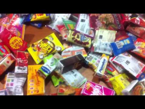 Miniature-tiny Asian snacks, food, drinks, cigarettes, hous