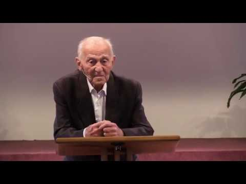 Pamětník holocaustu: Luděk Eliáš. Závěrem: Hinrich Kaasmann