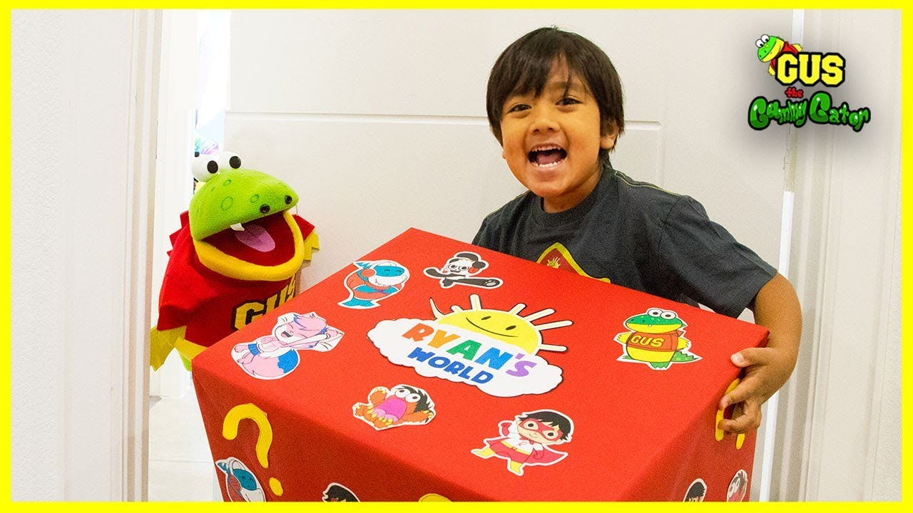 Ryan S World Toy Delivery From Ryan Toysreview With